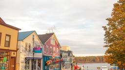 Hotels near Bar Harbor airport